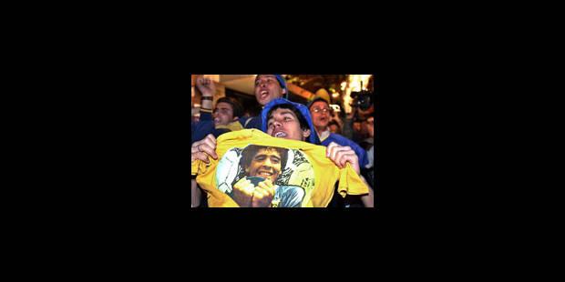 Diego Maradona respire mieux et ses médecins reprennent confiance - La Libre