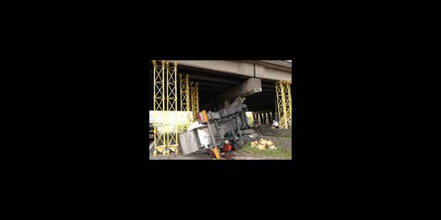 La réparation du pont débute jeudi et coûtera 335.000 euros - La Libre