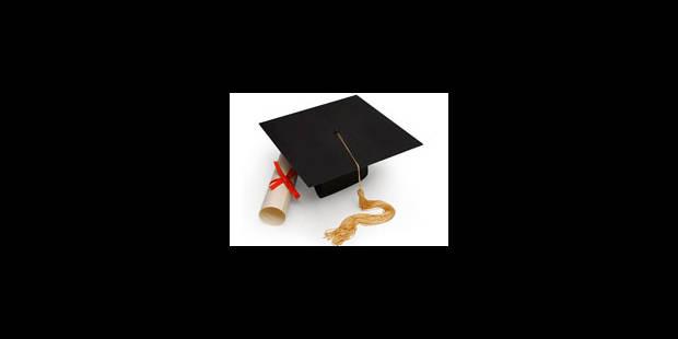 """Les """"faussaires"""" s'invitent à l'université - La Libre"""
