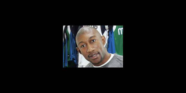 Didier Mbenga retenu parmi les 15 Lakers - La Libre