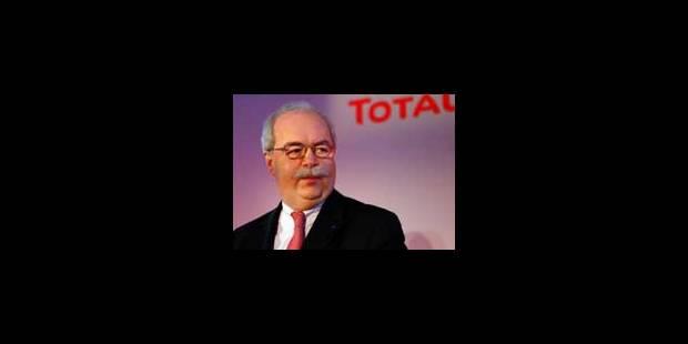"""""""Les profits de Total font tache"""" - La Libre"""