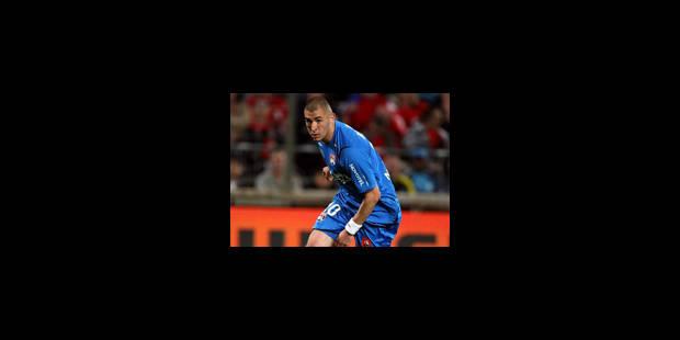 Benzema convoité à la place de Villa par le Real - La Libre