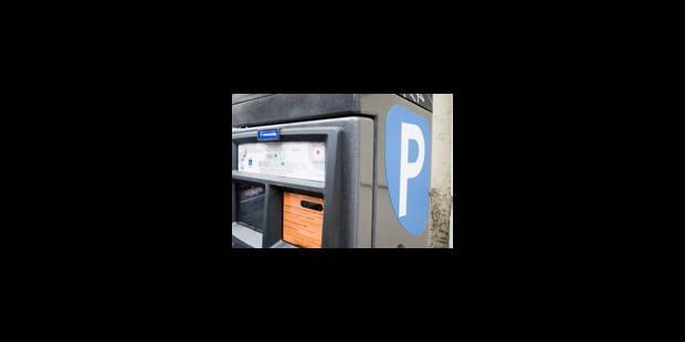 Les amendes de stationnement peuvent être collectées par le privé - La Libre