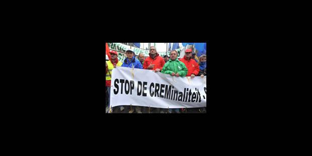 Armée: manifestation et possible reprise des négociations - La Libre