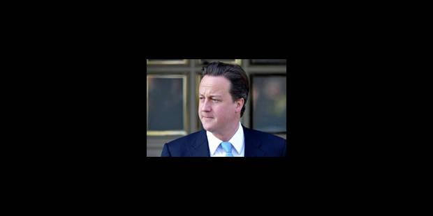 Cameron fait ses premiers pas sur la scène européenne à Paris - La Libre
