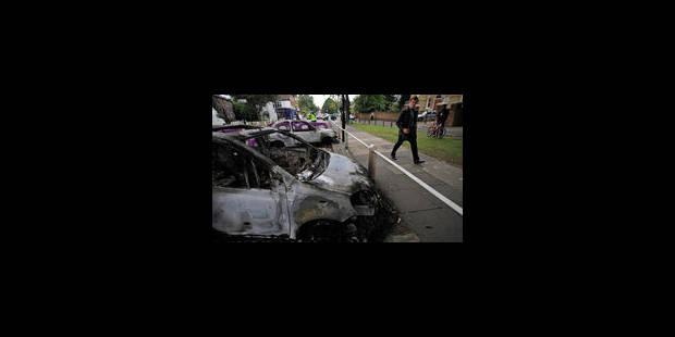 16.000 policiers à Londres, un mort dans les émeutes - La Libre