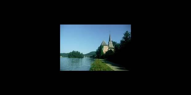 Une passerelle sur la Meuse - La Libre