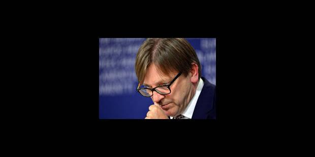 """Verhofstadt qualifie de """"discussion ridicule"""" le débat des 27 - La Libre"""