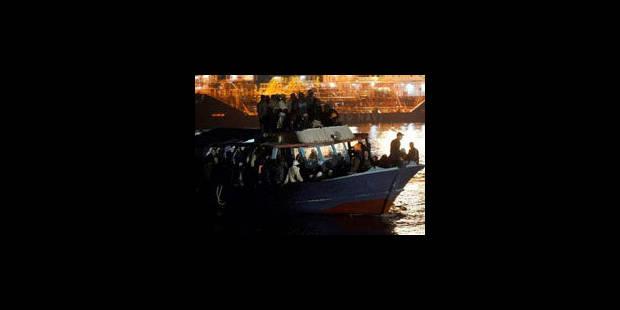 Plus de 200 immigrés illégaux sauvés au large de Lampedusa - La Libre