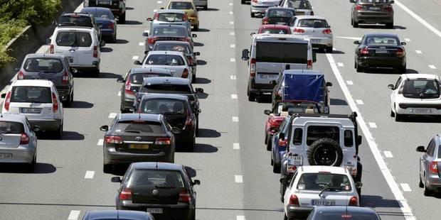 Trafic perturbé autour de Bruxelles après une série de petits accidents - La Libre