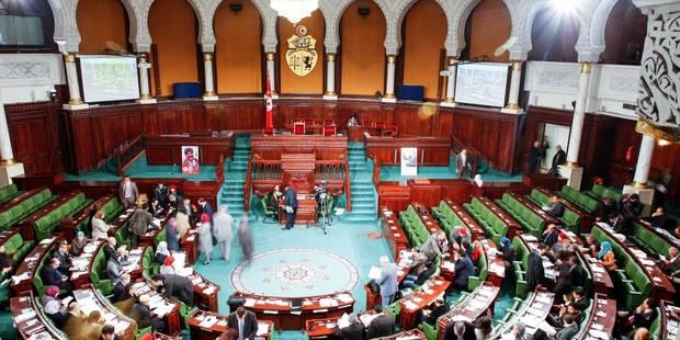 Tunisie: les premiers articles de la Constitution adoptés, rejet de la loi islamique - La Libre