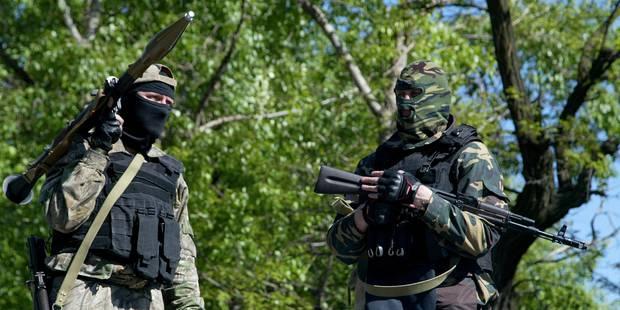 """Ukraine: """"Pas de preuve pour l'instant"""" d'un retrait russe aux frontières - La Libre"""