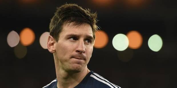 """Maradona: """"Messi ne mérite pas son Ballon d'or"""" - La Libre"""