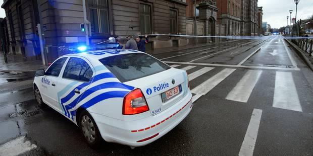 """Alertes à la bombe à répétition: """"Certains individus dangereux testent la vigilance policière"""" - La Libre"""