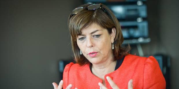Joëlle Milquet passerait trop de temps au Parlement - La Libre