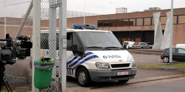 À Bruges, la police refuse de remplacer les gardiens de prison en grève - La Libre