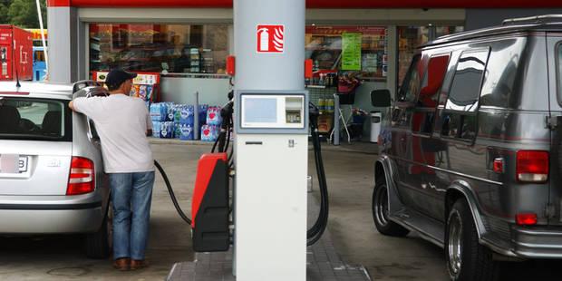 Hausse du prix du diesel: Van Overtveldt tempère - La Libre