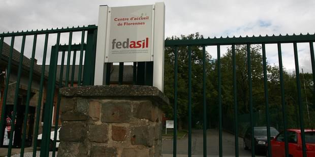 Incidents au centre Fedasil de Florennes : des arrestations et des blessés - La Libre