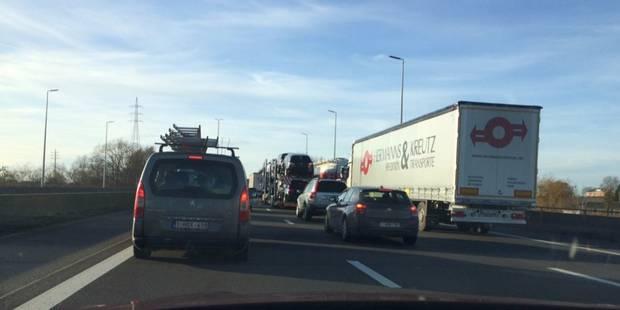 La E40 rouverte à la circulation après un accident à Liège - La Libre