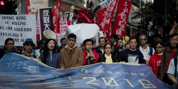 Hong Kong: un millier de manifestants pour la démission du gouvernement - La Libre