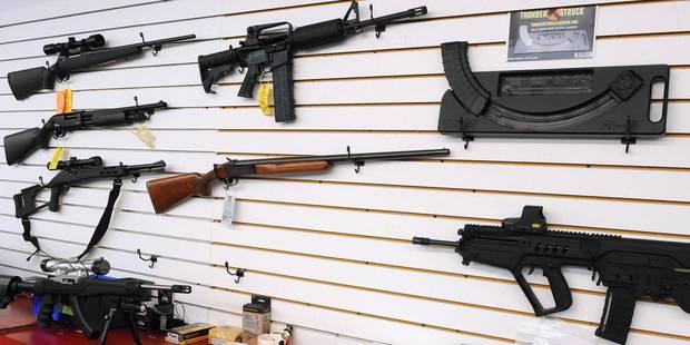 Barack Obama prend l'initiative sur les armes à feu - La Libre