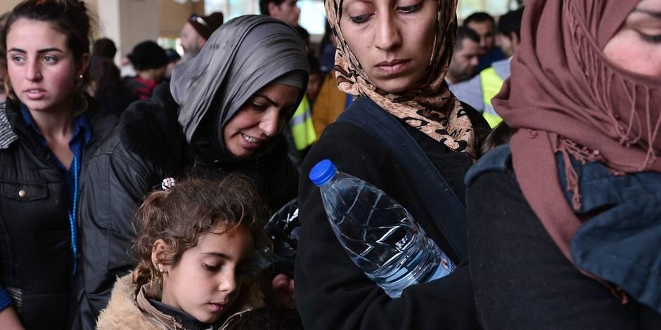 """Crise des migrants: les portes se referment sur la """"route des Balkans"""" - La Libre"""