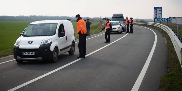 Le nombre de migrants en transit à la Côte belge est en baisse - La Libre