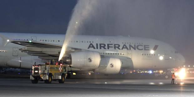 Air France: des hôtesses refusent de se voiler lors des escales en Iran - La Libre
