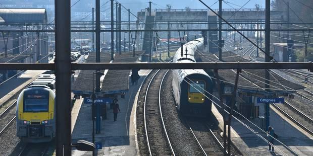 1.100 trains annulés et 18.000 minutes de retard après les attentats du 22 Mars - La Libre