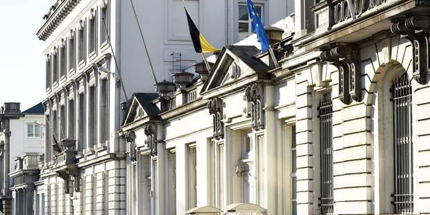 Démissionner ou être démissionné: l'aléatoire survie des ministres en Belgique - La Libre