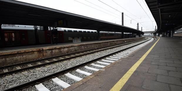 La circulation des trains reste compliquée en Wallonie ce jeudi après-midi, calme sur les routes - La Libre