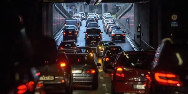 Zone basse émission: 47 000 véhicules disparaîtront des rues de Bruxelles dès 2020 - La Libre