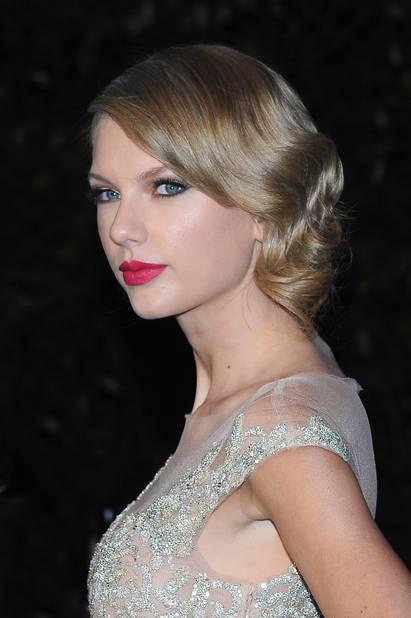 Fin 2013, Taylor Swift aurait-elle enfin trouvé la styliste qui va révéler sa personnalité ?