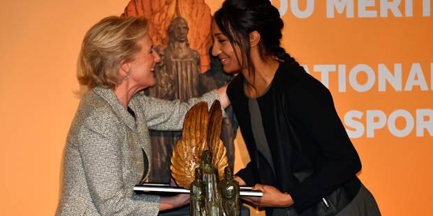 Nafissatou Thiam reçoit le trophée du Mérite sportif national des mains de la Princesse Astrid (VIDEO) - La Libre