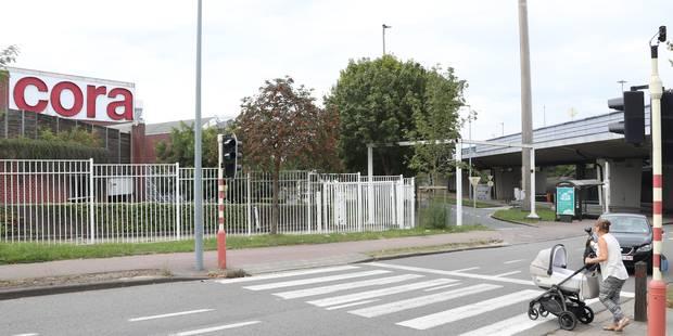 """Restructuration chez Cora: """"Pas de licenciement collectif"""" - La Libre"""