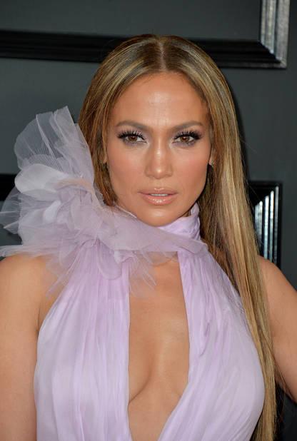 Jennifer Lopez, le joli cadeau de la soirée