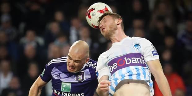 Anderlecht reste collé au Club de Bruges après sa victoire contre Genk (2-0) - La Libre