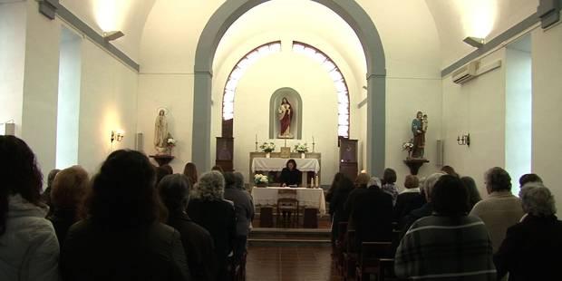 Dans les églises portugaises, les femmes aussi montent à l'autel (VIDEO) - La Libre