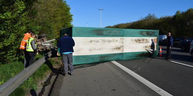 Spectaculaire accident sur l'E411 à Bierges (PHOTOS) - La Libre
