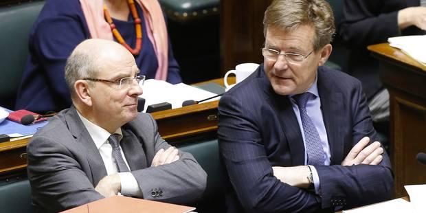 Geens et Van Overtveldt proposent d'alourdir les peines pour délits d'initié - La Libre