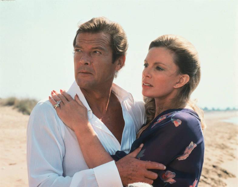 Cassandra Harris, James Bond Girl désespérée dans