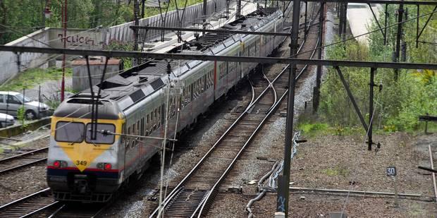 Circulation ferroviaire interrompue sur la ligne Bruxelles-Ottignies-Namur - La Libre