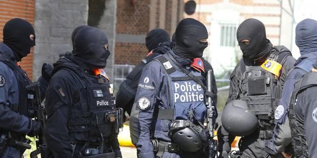 """Le parquet fédéral redoute une attaque terroriste imminente: """"Nous craignons que les suspects se sentent acculés"""" - La L..."""