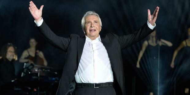 Une dernière tournée et puis s'en va pour Michel Sardou: 50 ans de carrière en 20 succès (VIDEOS) - La Libre
