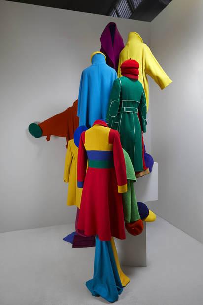 Une des scènes de l'exposition Coats!