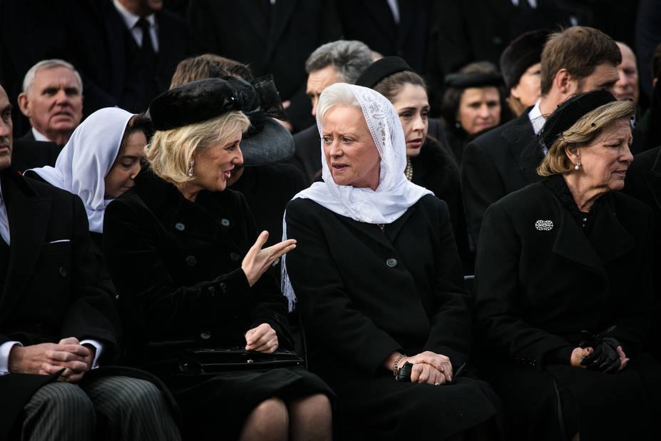 La princesse Astrid avec la reine Anne Marie de Grèce.