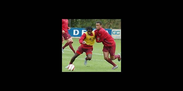 Mbo Mpenza sera seul en pointe - La Libre