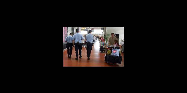 L'aéroport de Roissy, «une vraie passoire» pour les terroristes