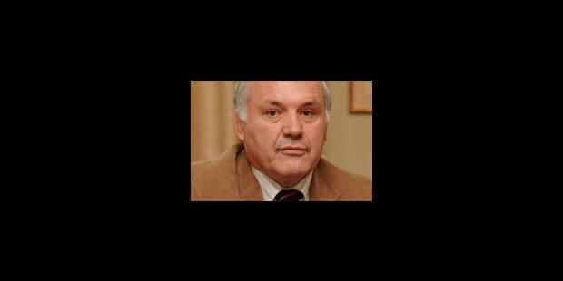 Lefevere cite Jean-Marie Dedecker en justice