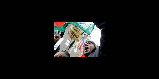 Des milliers de manifestants contre les raids israéliens - La Libre